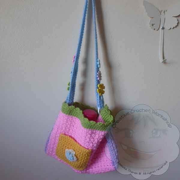 19 Girls Flower Purse | Guest Contributor Post | CCW @OombawkaDesign
