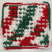 Very Merry Scrubby Dishcloth | Kitchen Crochet Edition