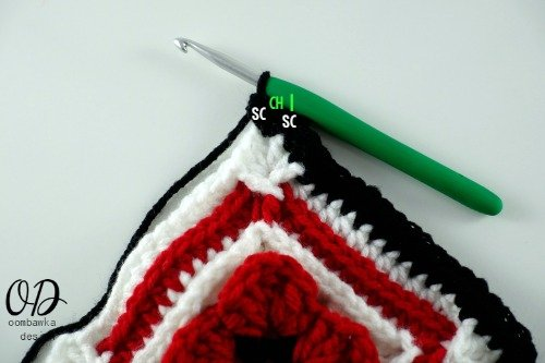 r8 4   Lest We Forget Square   Free Pattern   Oombawka Design Crochet