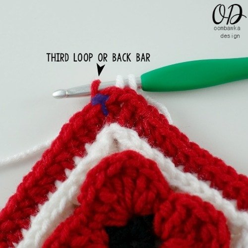 third loop Lest We Forget Square | Free Pattern | Oombawka Design Crochet