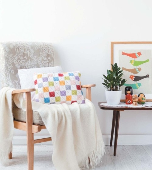 Tiny Squares | Crochet Home | Book Review | Oombawka Design