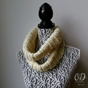 Free Pattern Pretty Simple Infinity Scarf