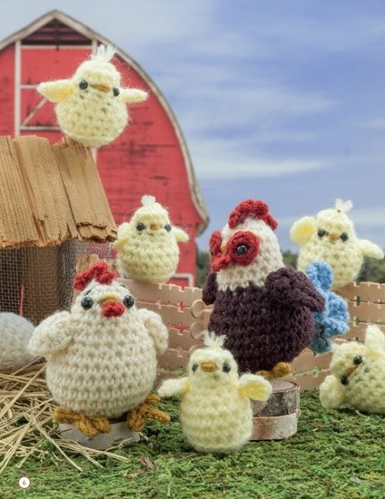 Chicken - Hen - Rooster -Chick Crochet a Farm Book Review