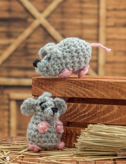 Mouse | Chick Crochet a Farm Book Review