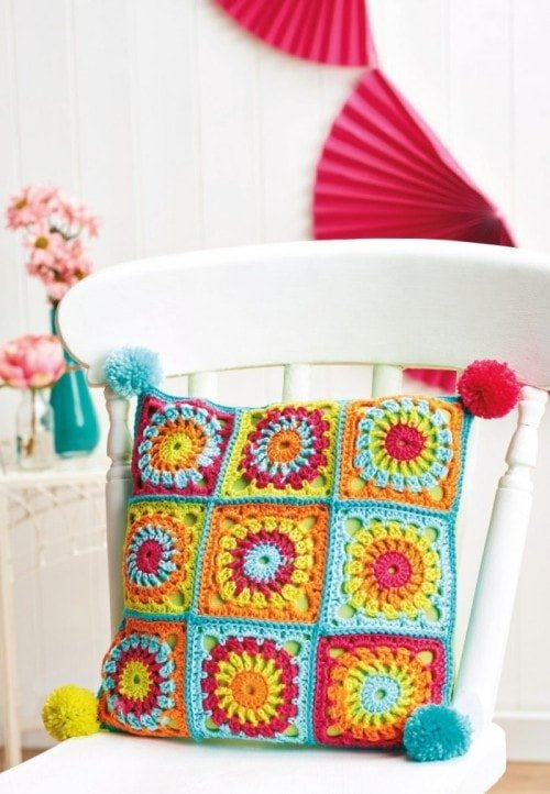 Cushion - 7 Granny Square Patterns You'll Love | oombawkadesigncrochet.com