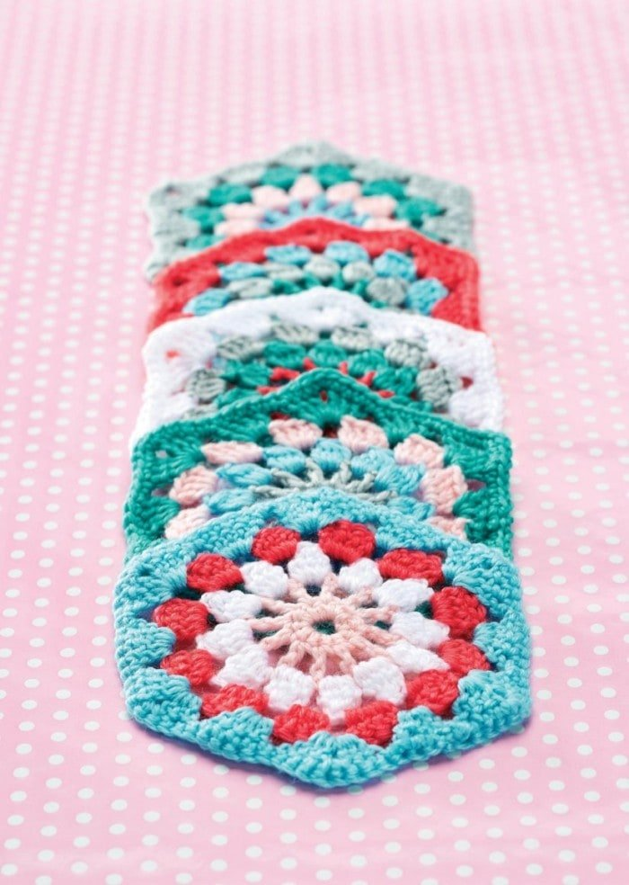 Hexagon - 7 Granny Square Patterns You'll Love | oombawkadesigncrochet.com