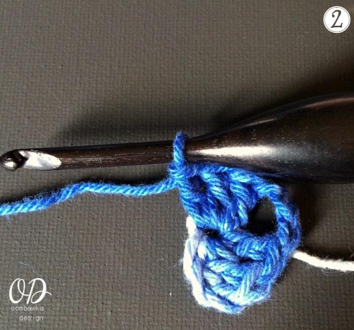 2 Granny Square Tutorial and Pattern - Kitchen Crochet oombawkadesigncrochet.com