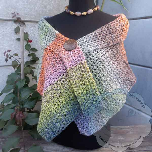 Lacy V-Stitch Shawl Free Crochet Pattern ? Oombawka Design Crochet