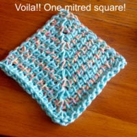 Make a Mitred Dishcloth with Nicole from Tunisian Crochet Chick