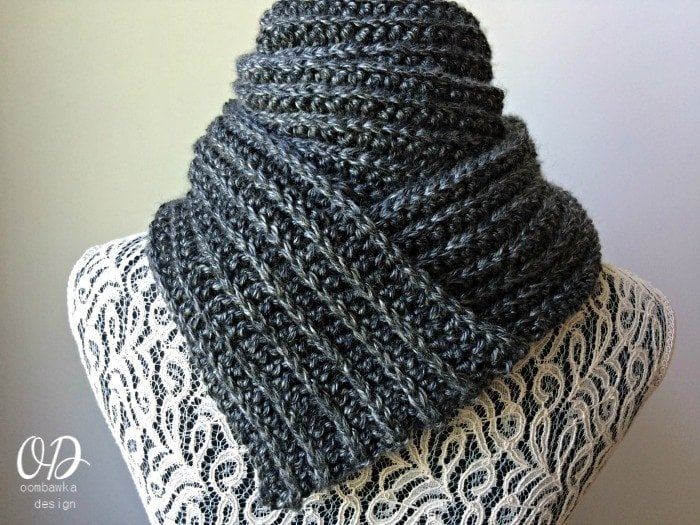 Just For Him - Classic Ribbed Scarf - Free Crochet Pattern oombawkadesigncrochet
