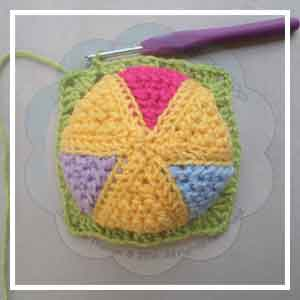 Colorful Rainbow Ball - Creative Crochet Workshop 27