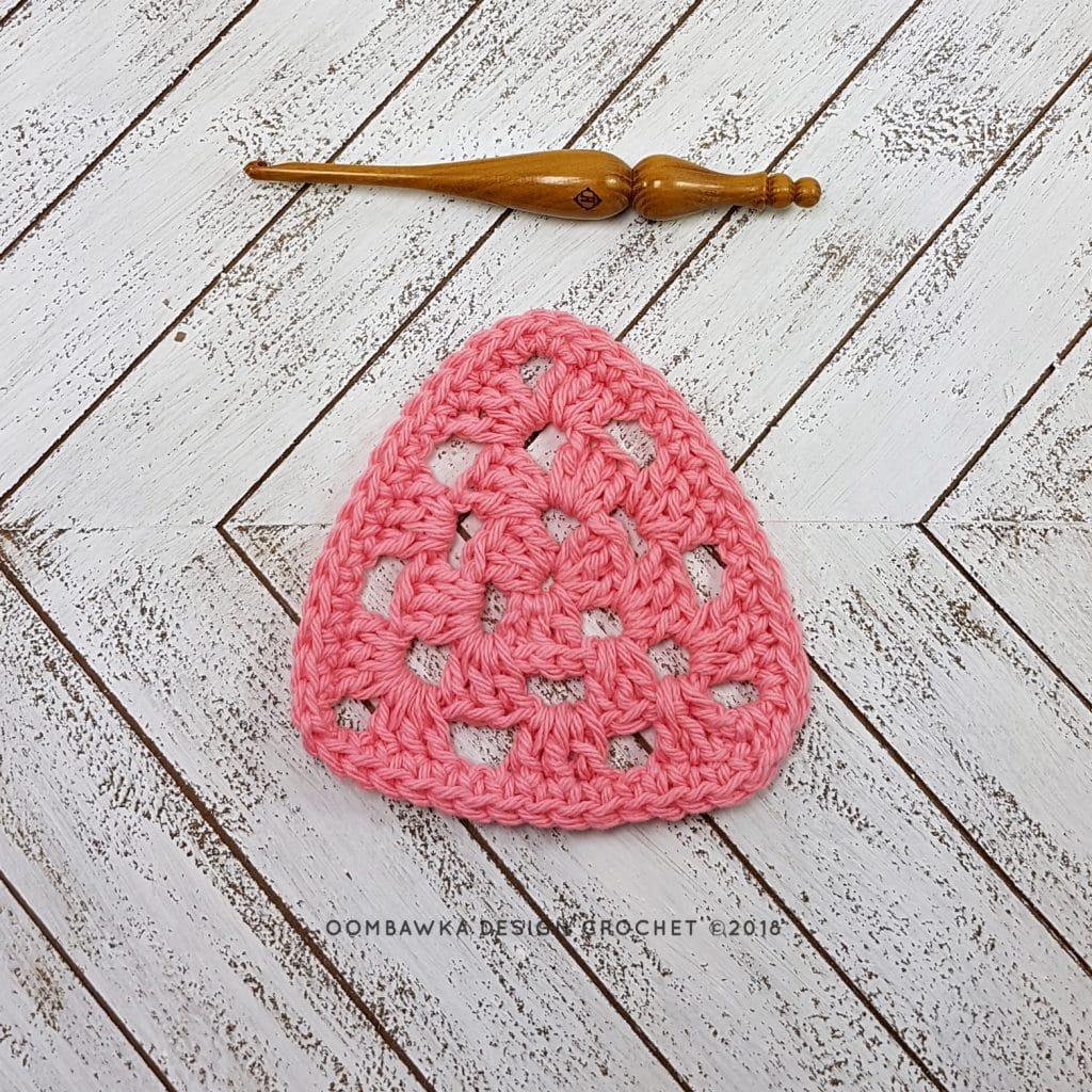 Granny Triangle Dishcloth Pattern OombawkaDesign