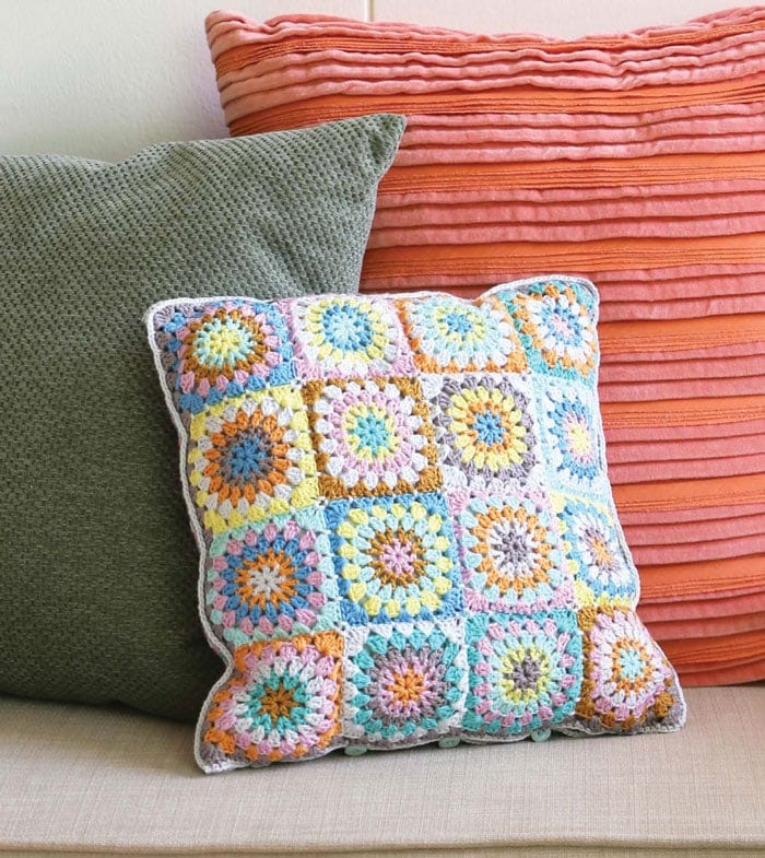 Crochet Zinnia Pillow
