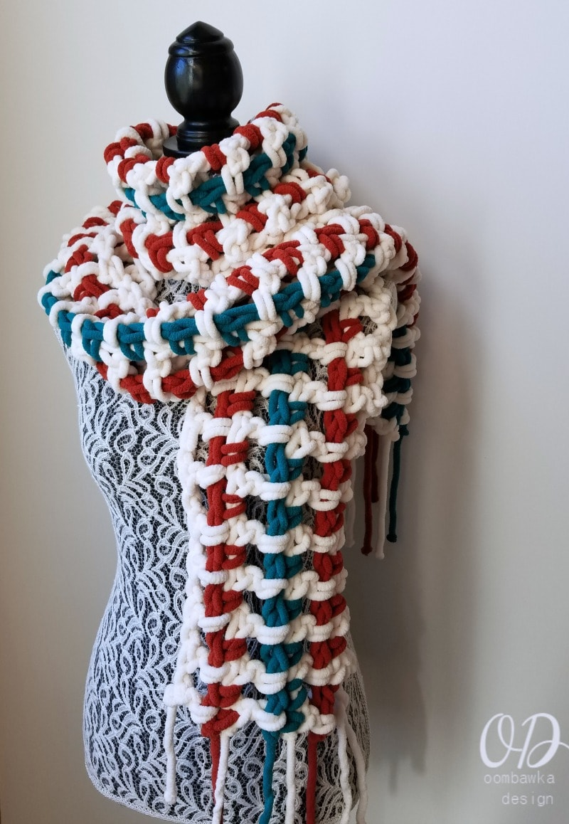 Super Sweet 2 Hour Super Scarf - Designed by Oombawka Design Make this super soft and cozy Super Scarf in less than 2 hours! This beginner level free pattern is designed with Red Heart Sweet Yarn and a 12.0 mm hook. Excellent as a last minute gift! #redheartyarns #joycreators #superscarf