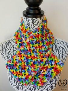 Rainbow Pebbles Infinity Scarf Free Pattern Oombawka Design 10