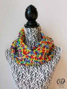 Rainbow Pebbles Infinity Scarf. Oombawka Design Crochet Free Pattern.