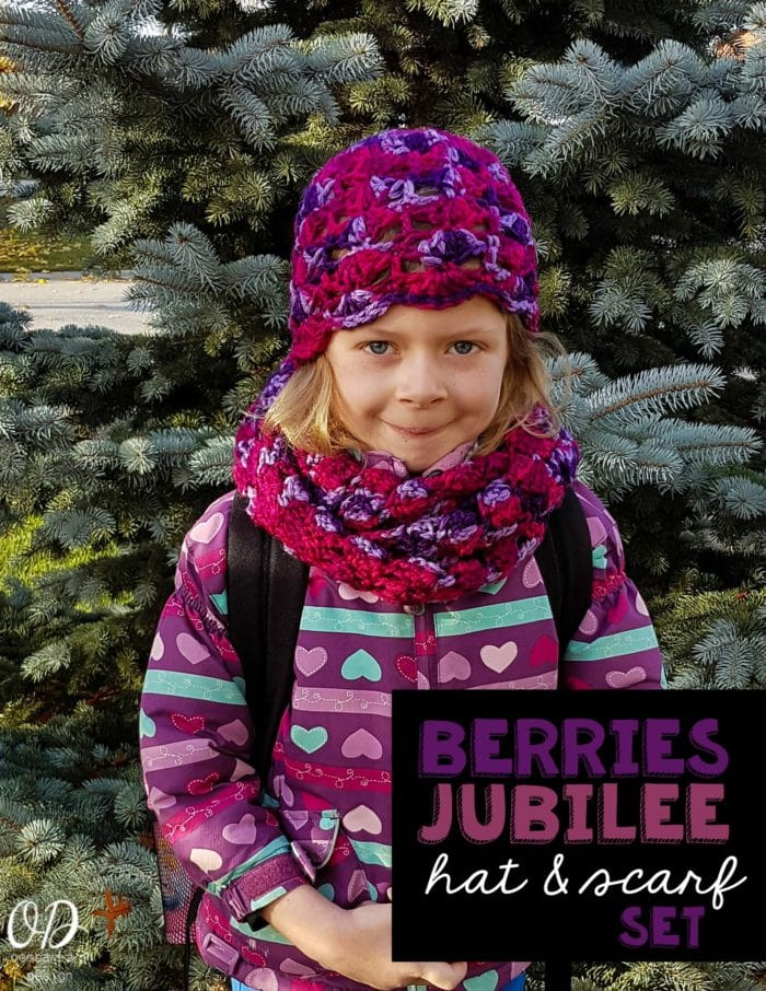Crochet Hat and Scarf Set Crochet this pretty Berries Jubilee Hat and Scarf Set - Free Patterns - Oombawka Design