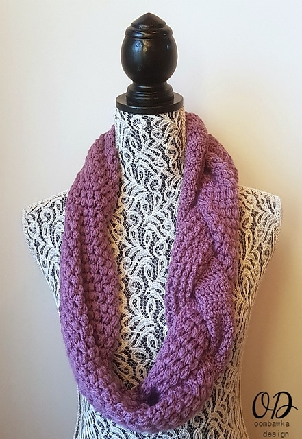 #CALOFTHEMONTH2017 FEBRUARY SCARF CAL - FEATURING MADLY IN LOVE BY MOOGLY - CROCHETED BY OOMBAWKA DESIGN