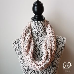Love is in the Air Valentines Day Cowl