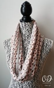 Valentine's Cowl Love is in the Air Oombawka Design