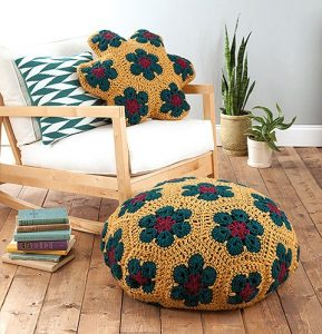 8 Fantastic and Easy Patterns for Floor Poufs and Crochet Pillows. Oombawka Design Crochet.