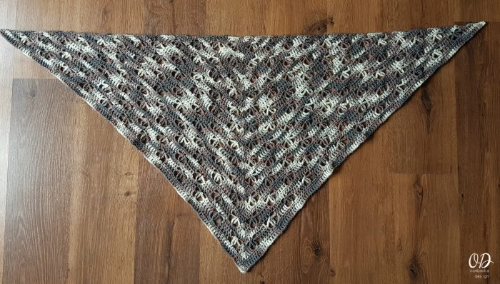 Banksia Shawl by Dedri Uys Project by Oombawka Design
