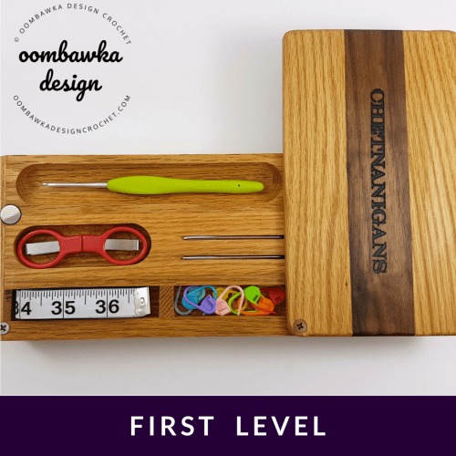 First Level Chetnanigans New Tiered Travel Case Product Review Oombawka Design