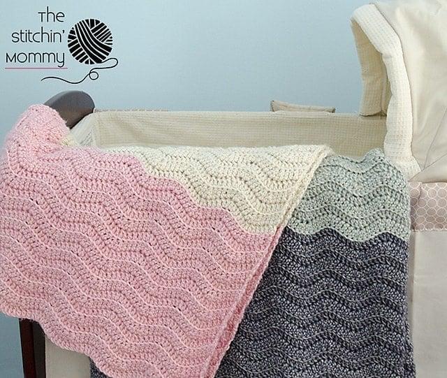 Vivis Ripple Baby Blanket