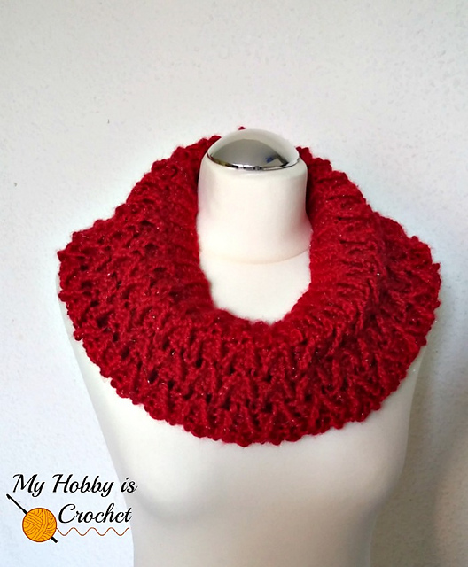 Sparkle Ruby Cowl
