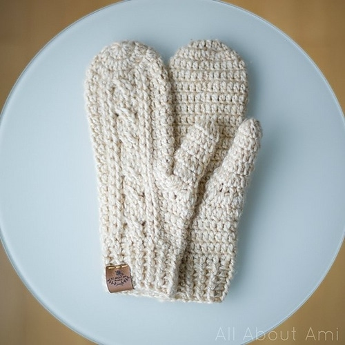 Cabled Mittens Featured on Oombawka Design