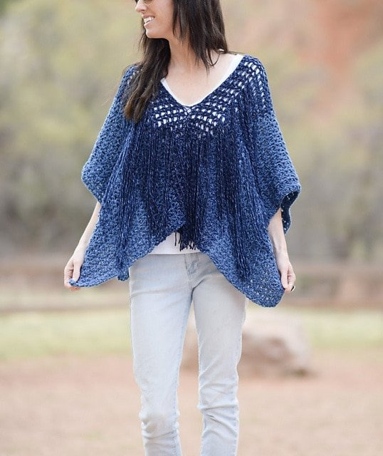 3 Azul V-Mesh Poncho by Jessica Reeves Potasz - Featured on Free Pattern Friday at ODC