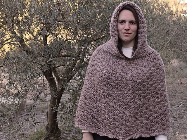 9 Poncho with Hood by Lanasyovillos official  - Featured on Free Pattern Friday at ODC