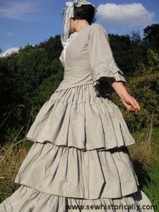Featured on The Wednesday Link Party: Mid-Victorian Striped Cotton Morning Dress - Sew historically