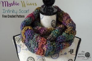 Mystic Waves Infinity Scarf. The Stitchin' Mommy. Oombawka Design Crochet.