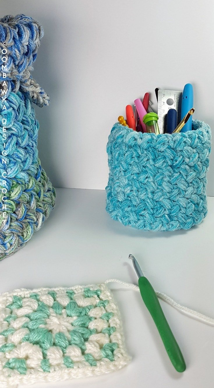 Stash Baskets - An Easy and Free Crochet Stash Buster Project #joycreators #redheartyarns