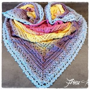 Featured at The Wednesday Link Party: Project Lost In Time Beautiful Crochet Cloth - Frau Tschi Tschi
