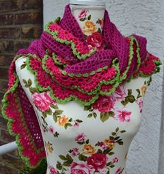 Wednesday Link Party 230 Features: Wednesday Link Party 230 with Oombawka Design and The Stitchin Mommy Featuring A Folkloristic Valentine's Shawl - Atelier Marie-Lucienne