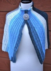 Featured at The Wednesday Link Party 229: 3 Night on the Town Capelet from Nana's Crafty Home