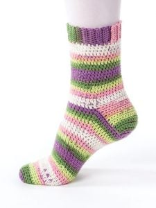 Basic Socks - New Methods for Crochet Socks - Rohn Strong - Annie's Craft Store - Review by Oombawka Design
