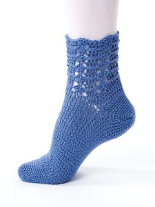 Feather and Fan - New Methods for Crochet Socks - Rohn Strong - Annie's Craft Store - Review by Oombawka Design