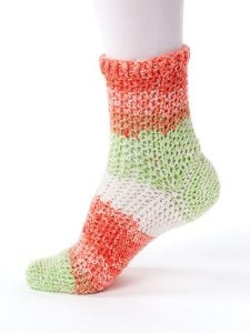 Textured Toe Up - New Methods for Crochet Socks - Rohn Strong - Annie's Craft Store - Review by Oombawka Design