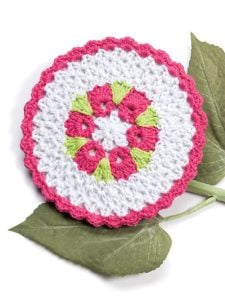 Spring Floral Fabulous Floral Dishcloths. 12 Pretty Crochet Patterns from Annie's Craft Store. Book Review by Oombawka Design Crochet.