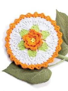 Flaming Rose Fabulous Floral Dishcloths. 12 Pretty Crochet Patterns from Annie's Craft Store. Book Review by Oombawka Design Crochet.