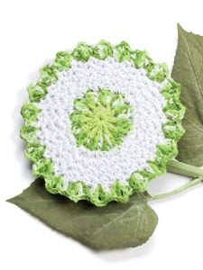 Cucumber Floral Fabulous Floral Dishcloths. 12 Pretty Crochet Patterns from Annie's Craft Store. Book Review by Oombawka Design Crochet.
