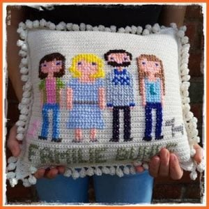 Popcorn Blanket by Hakelfieber Austria Crochet a Family Pillow by Frau Tschi-Tschi Easy Painted Pumpkin Coasters by DIYadulation
