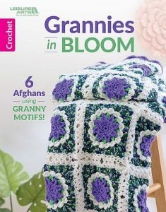 Cover. Grannies in Bloom. Leisure Arts. Book Review by Oombawka Design Crochet.