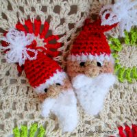 https://www.ravelry.com/patterns/library/cute-santa-ornament