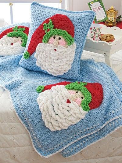 Join me for A Crochet Santa Pillow CAL!