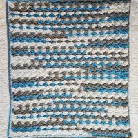 Get This Solid Shell Stitch Blanket Pattern in 12 sizes!