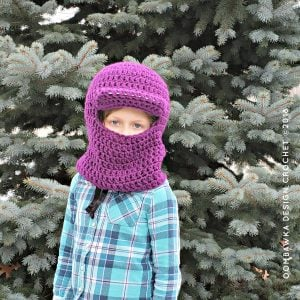 Winter Horseback Riding Helmet Cover Pattern from Oombawka Design Crochet